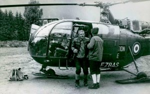 De retour d'une mission de secours, l'Alouette III F-ZBAS à Chamonix durant l'été 1965 - Photo collection Stipe ZIVALJIC